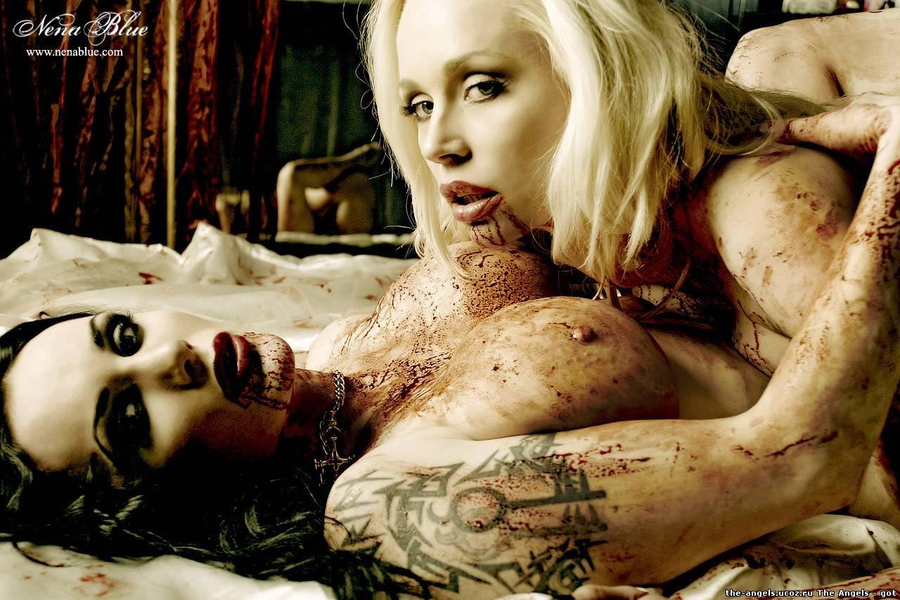 Секс с женщиной вампом 25 фотография
